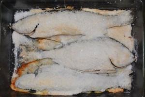рыба в шубе из соли