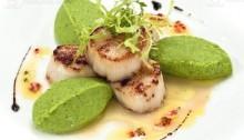 Morskie-grebeshki-s-pyure-iz-brokkoli-ot-restorana-Chao_full